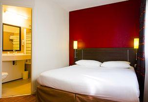 hotel ibis royale 303x210