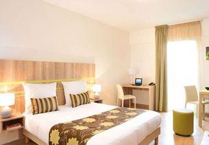 hotel park suites 303x210